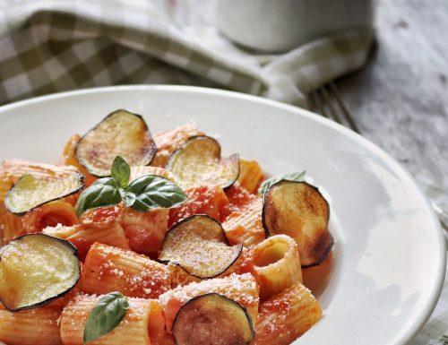 Pasta alla Norma, ricetta tipica siciliana
