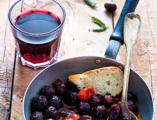 Ricetta olive nere fritte con pomodorini