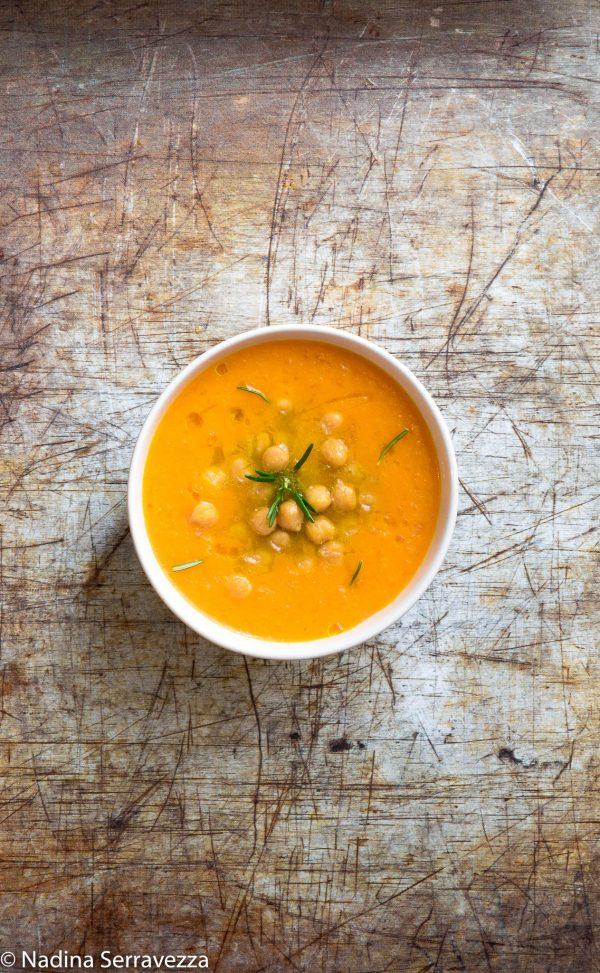 Zuppa di ceci con crema di zucca
