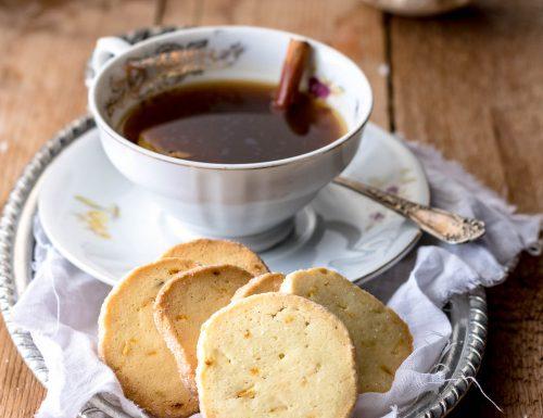 Biscotti Diamantini con arancia e cannella, ricetta biscotti al burro