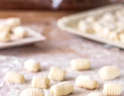 Gnocchi di ricotta , ricetta senza patate con e senza il bimby