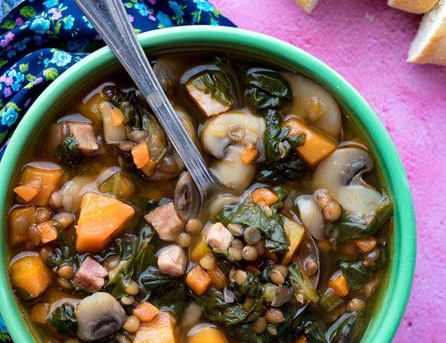 Zuppa di lenticchie o lentil-chard soup, ricetta per il club del 27