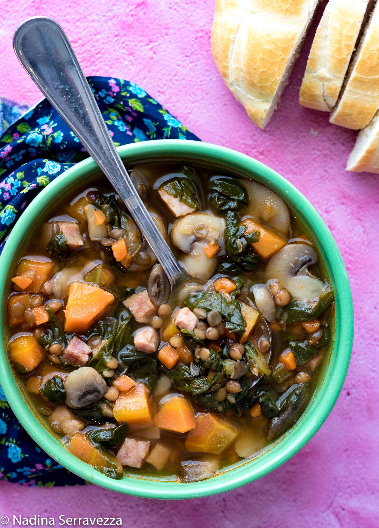Zuppa di lenticchie o lentil-chard soup