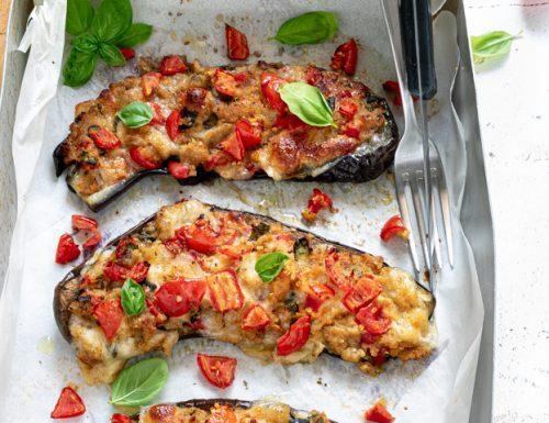 Melanzane ripiene al forno, ricetta vegetariana gustosa